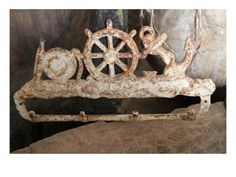 Iron Antique Hanger by Eskiden