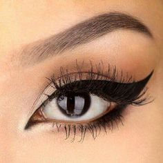 Something so simple. Works for school, work or a night out. Also winged eyeliner tops it off.