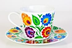 Great folk pottery designs from Łowicz in Poland. So bright and colorful. Vintage Kitchenware, Vintage Ceramic, Pottery Plates, Tea Art, Pottery Designs, Polish Pottery, Chocolate Pots, Antique China, Vintage Patterns