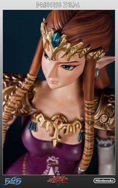 """The Legend of Zelda - Twilight Princess: Princess Zelda Statue  """"Geister des Lichts ! Wielders der großen Macht, die weit und breit scheint..."""