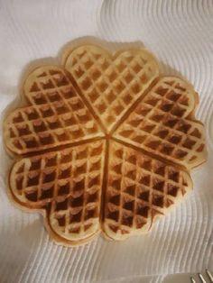 (12) Βασική συνταγή για waffles από την Αργυρώ Μπαρμπαρυγου! συνταγή από Aggeliki 🌻 - Cookpad Waffles, Breakfast, Food, Morning Coffee, Essen, Waffle, Meals, Yemek, Eten