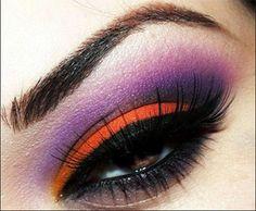 Aprende a aplicar de forma correcta: sombras, el eyeliner, y a combinar los colores de sombras según el tono de tus ojos. Conviértete en una maquilladora experta y presume con tus amigas.