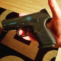 #Repost @dwight.alexander.5477 with @repostapp  #edc #fnhusa #aegistactical #gunchannels #2ndamendment