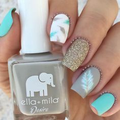 Blue, gold and feather nails! Cute Acrylic Nails, Cute Nail Art, Cute Nails, Best Nail Art, Pretty Nail Art, Nagel Bling, Nagellack Design, Cute Nail Designs, Pedicure Designs