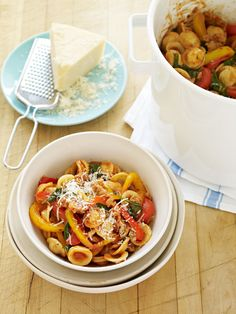 Turkey Sausage and Spinach Orecchiette   from familycircle.com #easydinners #30minutemeals