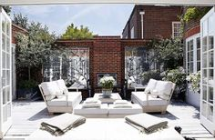 structured outdoor courtyard in a London townhouse