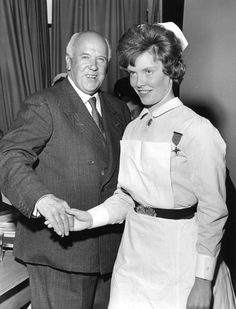 1962. Presentation of the gold medal to Miss Rosemary Burch by Sir Cecil Wakeley