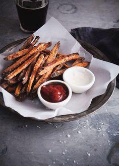 Baked Sweet Potato Fries / The Tart Tart