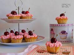 7gramas de ternura: Cherry Cupcakes para um Aniversário!