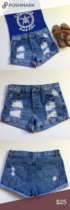 "High Waist Distressed Denim Shorts Summer essential high-waist shorts. Perfectly distressed destroyed denim. Surprisingly high quality construction from Forever 21. Cuffs are rolled up and sewn. Button up. Waist 29"", inseam 2.5"", rise 11"". EUC. Summer essential ✌🏻☀️🌡 Forever 21 Shorts Jean Shorts"