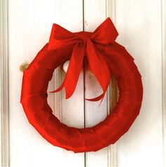 Simple Red Ribbon Wreath | Make a DIY Christmas wreath that is really red!