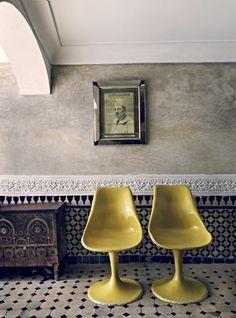 Modern mixed with Moroccan design! Decor, Furniture, Interior, Tiles, Yellow Chair, Home Decor, House Interior, Moroccan Design, Vintage Chairs