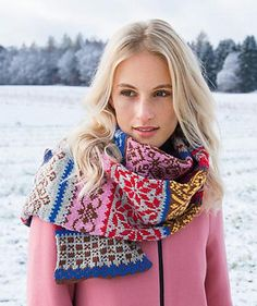 Scarf is knit with a set of 5 double pointed needles size US 4 (3.5mm).