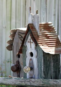 more birdhouses - do the birds really live here ?