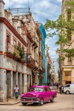 Old Havana, Cuba. Old Havana (Spanish: La Habana Vieja) is the city-center of Havana. It contains the core of the original city of Havana. The positions of the original Havana city walls are the modern boundaries of Old Havana. Varadero, Places To Travel, Places To See, Travel Destinations, Places Around The World, Travel Around The World, Beautiful Islands, Beautiful Places, Honduras