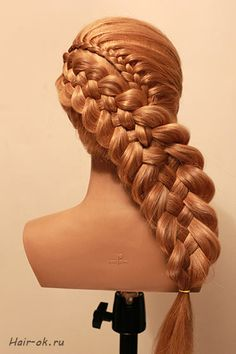 this one's  kindo of interesting... lace + 5 st braid
