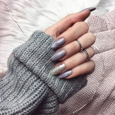 Almond Shape Nails, Acrylic Nails, Acrylics, Nail Designs, Instagram Posts, Manicures, Coffin, Jewelry Rings, Heart