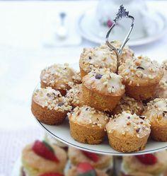 Mini carrot cake con granella di nocciole - Mini carrot cake with hazelnut crumble