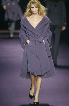 Sonia Rykiel at Paris Fashion Week Fall 2002 - Runway Photos
