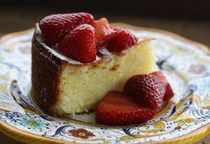 From Italian Food Forever: Lemon Ricotta Cake Fancy Desserts, Italian Desserts, Köstliche Desserts, Italian Recipes, Delicious Desserts, Italian Foods, Cupcakes, Cupcake Cakes, Lemon Ricotta Cake