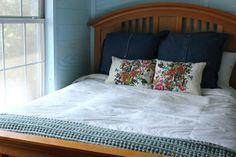 Sweet Verbena: Placemat Pillows: a tutorial