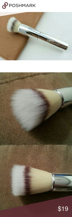 IT brushes for ulta blurring powder brush IT brushes for ulta blurring powder brush  - Brand new and authentic - It says powder brush but it can be used for blush as well in my opinion :)  Offers welcome! IT COSMETICS Makeup Brushes & Tools
