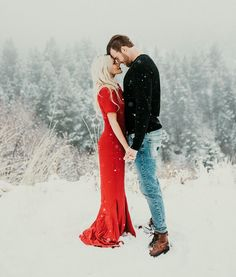 Winter engagement session outfit inspiration - wear a bright pop of colour to stand out from the white environment. Why not wear a red dress for your engagement session? Winter Engagement Photos, Engagement Outfits, Engagement Couple, Engagement Shoots, Wedding Engagement, Winter Engagement Photography, Engagement Inspiration, Wedding Inspiration, Wedding Pics