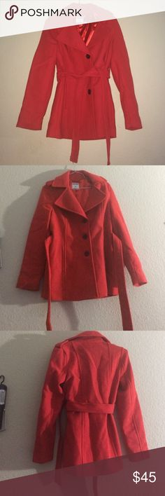Old Navy Red Wool Peacoat 🆕Old Navy Red Wool Peacoat comes in a size Small Petite. Made in Vietnam. Brand new Peacoat never worn Doesn't have tags attached. Button up has a peacoat tie. Super cute perfect for the winter. Exterior 60% Polyester 40%Wool. Lining 100% PolyesterAll products are  ✅Steamed  ✅Packaged Nicely ✅Next Day Same Day Shipping  ✅Offers Accepted ❌ No Holds  Measurements available upon request. Old Navy Jackets & Coats Pea Coats