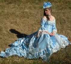 Lady Eloise Off Shoulder Rosebud Fantasy Gown