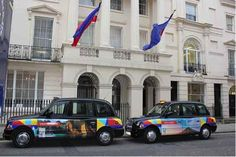 A london taxi company has gain a contract from a tourist office to promotion their campaign for 2015
