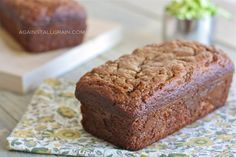 A recipe for grain free, gluten free, paleo zucchini bread using almond flour.