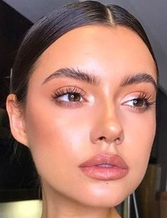 Shimmery and Natural Summer Makeup Loading. Shimmery and Natural Summer Makeup Natural Makeup For Blondes, Natural Summer Makeup, Natural Makeup Looks, Natural Beauty, Natural Glow Makeup, Tips Make Up Natural, Natural Hair, Luminous Makeup, Summer Makeup Looks