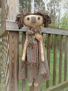 FoLk Art PrimiTive GruNgy Raggedy Ann Annie Door KnOb DOLL Summer Dress HEARTs #PrimitiveLook #MelissaHarmon