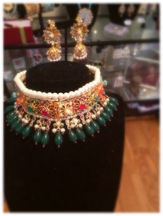 Hydrabadi Choker and Earring Set Pakistani / Indian Jewelry