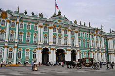 Ruský Petrohrad býva právom označovaný za najkrajšie európske mesto. Na mape starého kontinentu je pritom nováčikom, pretože ho ľudia poznajú len tristo rokov