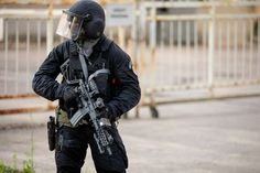 POTD: Lithuanian Police Anti-Terrorist Operations Unit with SIG MCX -The Firearm Blog Sig Mcx, Special Forces, Cool Photos, Police, The Unit, Guns, Military, Blog, Soldiers