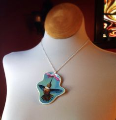 Humming bird, Vintage broken china jewelry, plate necklace, upcycled, recycled, reputposed, ecofriendly on Etsy, $35.00