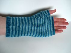 Duckegg & Kingfisher Blue Mitts