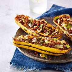 7-Day Clean-Eating Meal Plan Day 2: Quinoa-Stuffed Delicata Squash