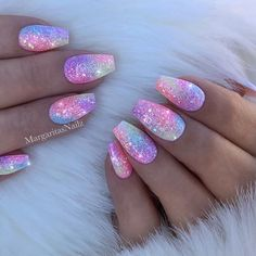 Coffin nails are a popular shape, and their popularity has not diminished at all. Long coffin nail art designs are the most common for women who like to attract people& attention with its striking appearance. But short coffin nail art designs are al Stylish Nails, Trendy Nails, Cute Nails, Pretty Gel Nails, Pretty Nail Art, Mermaid Nails, Coffin Shape Nails, Rainbow Nails, Nagel Gel