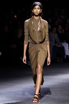 Givenchy Spring 2014 RTW - Runway Photos - Fashion Week - Runway, Fashion Shows and Collections - Vogue
