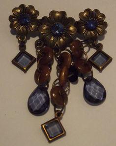 Blue Flower charm Vintage styleNecklace by Deannaroserichardson, $1.00