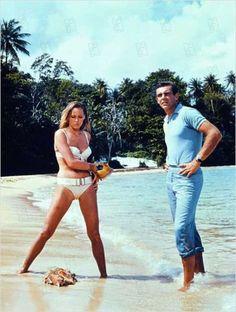 Dr No - Sean Connery & Ursula Andress