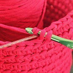 Hilde haakt: Stevige mandjes haken om waslijn