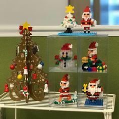 "7 mentions J'aime, 1 commentaires - Iris Lam (@iririlam) sur Instagram: ""#mychristmascorner #christmasiscoming #santaclaus #snowman #Christmastree #presents #decorations…"""