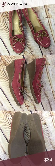 """SPERRY TOP-SIDER RED LEATHER WEDGE LOAFERS/SHOES Stylish pair of wedge heels by SPERRY in gently used condition. Cute with jeans or ankle pants. Very Light markings on heels but no damage to the rubber. 3"""" heel Sperry Top-Sider Shoes Wedges"""