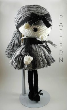 Navil - Amigurumi Doll Crochet Pattern PDF