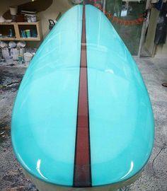 Dream Machine by @coreymunnsurfcraft going through glassing at @jeffhullfiberglass where @rickymunizsurfboards gave it a killer tint. #coreymunnsurfcraft #jeffhullfiberglass #rickymunizsurfboards #resinart #surfboard