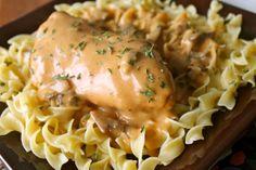 Mrs. Schwartz's Kitchen: Crockpot Angel Mushroom Chicken