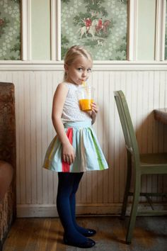 Know what Quinoa has for breakfast every morning? A tall glass of Outta My Way Juice. #MIWDTD